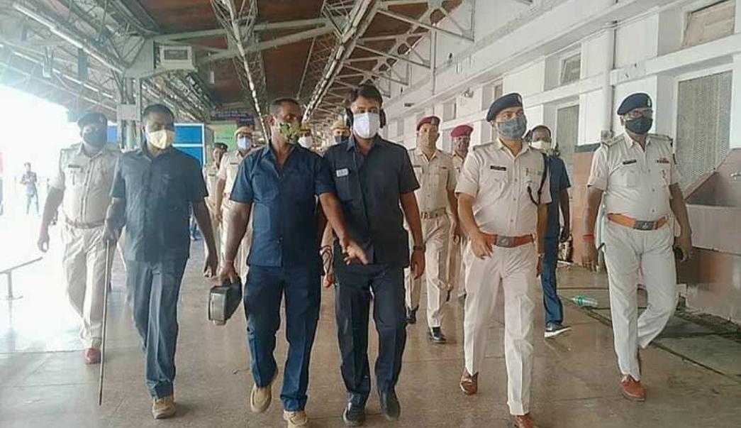 आतंकियों के टारगेट पर बिहार, भीड़-भाड़ वाली ट्रेन उड़ाने की साजिश, पटना जंक्शन समेत सभी स्टेशनों की बढ़ायी गयी सुरक्षा