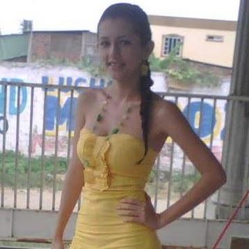 Alejandra Builes Photo 3