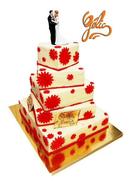 wedding cake fleurs rouges-ptt.jpg