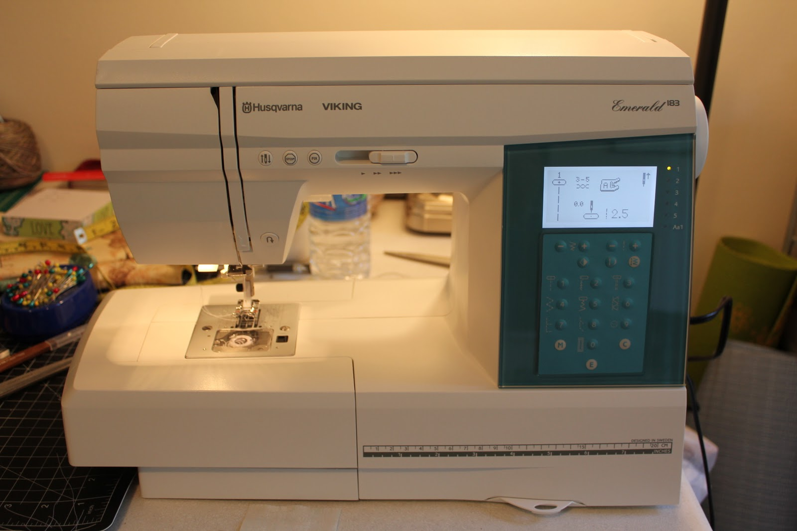Viking Emerald 183 Sewing Machine Photos And Wallpapers