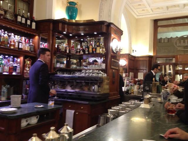 Gilli Cafe ortamı, Floransa