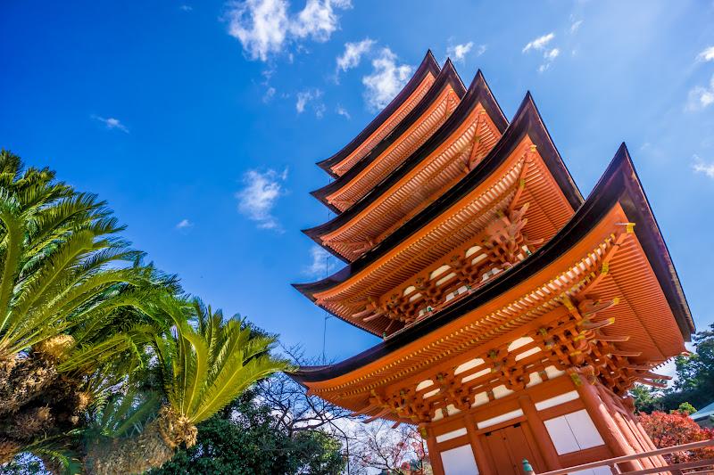 itsukushima shrine five story pagpda1