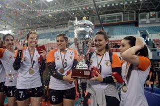 Volley/Coupe d'Algérie (dames) le GS Pétroliers remporte le trophée aux dépens du NR Chlef (3-0)