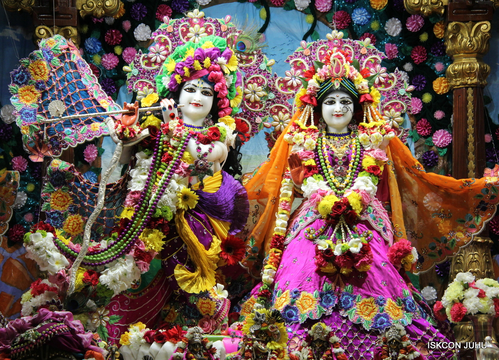 ISKCON Juhu Sringar Deity Darshan on 29th Sep 2016 (5)