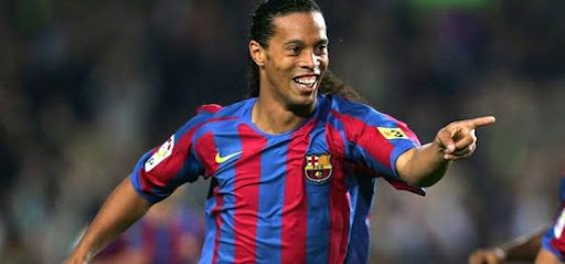 Lifestyle: Football legend, Ronaldinho set to marry two women at the same time