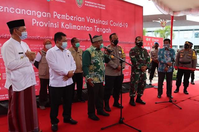 Sejumlah Pejabat di Kalteng Divaksinasi