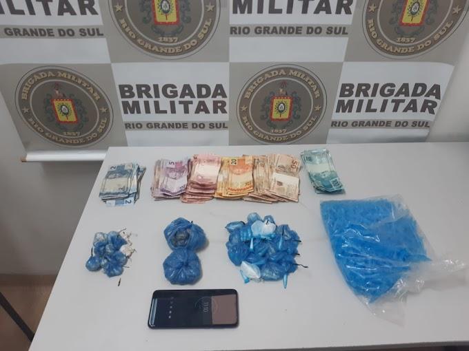 Brigada Militar realiza quatro prisões por tráfico de drogas em Gravataí