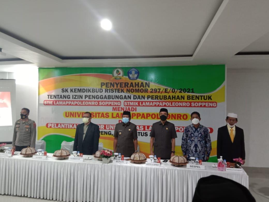 Andi Adawiah Resmi Jabat Rektor Universitas Lamappapoleonro