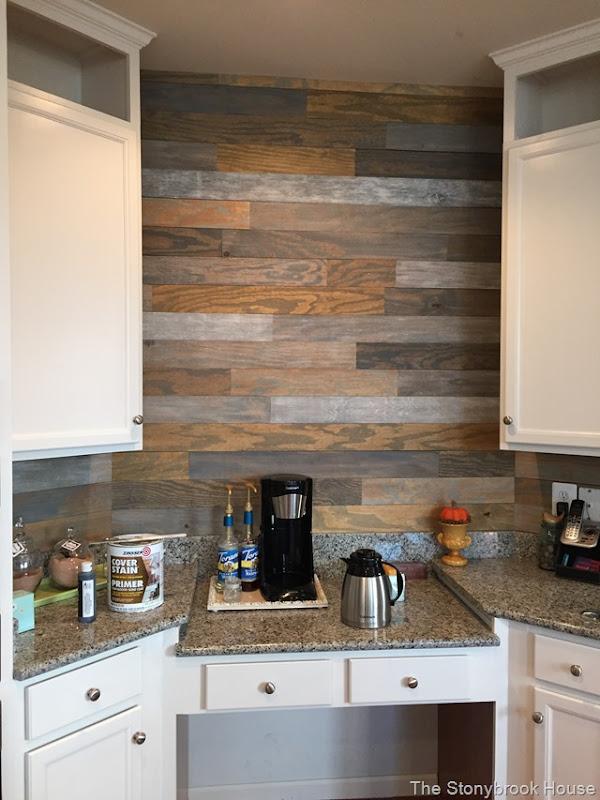 Bathroom Plank Wall: The Very Cheap Plank Wall