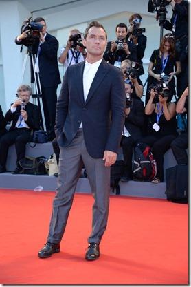 Jude Law - SGP