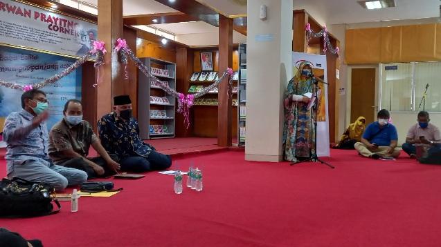 Ingin Kenal Lebih Dekat dengan Irwan Prayitno? Datanglah ke IP Corner di Perpustakaan Daerah Sumbar