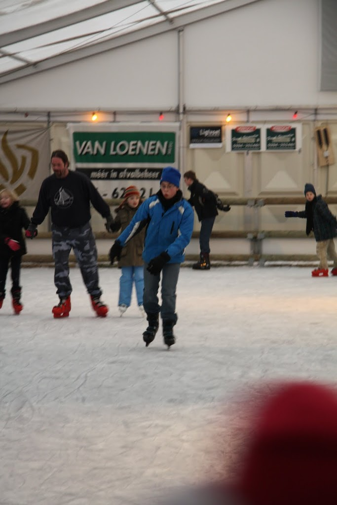 Sinterklaas bij de schaatsbaan - IMG_0371.JPG