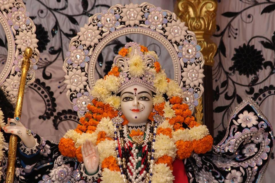 ISKCON Kanpur Deity Darshan 19 Dec 2015 (11)