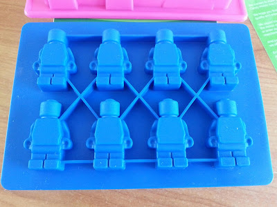Silicone Molds for making LEGO bricks and figures #MerchantSmile