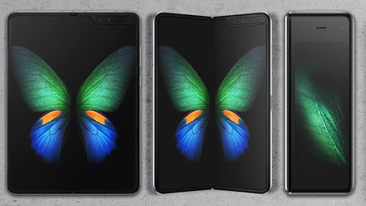 Samsung Galaxy Fold ที่สุดของสมาร์ทโฟนที่ล้ำที่สุดของปี 2019