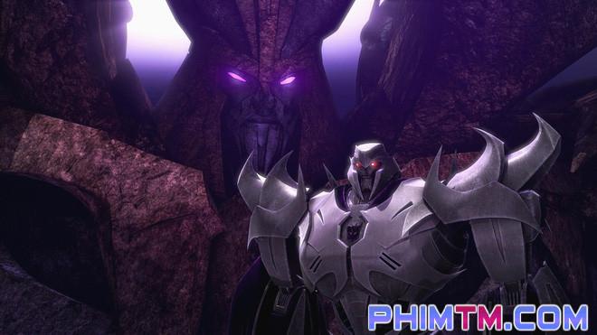 """17 chi tiết thú vị có thể bạn đã bỏ lỡ trong """"Transformers: The Last Knight"""" - Ảnh 10."""