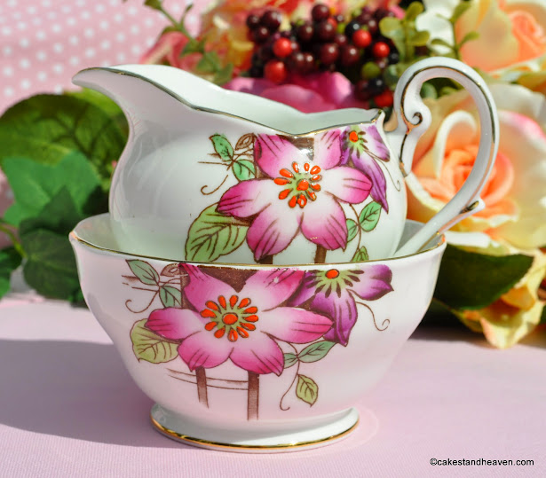 Royal Standard Garden Terrace Creamer and Bowl