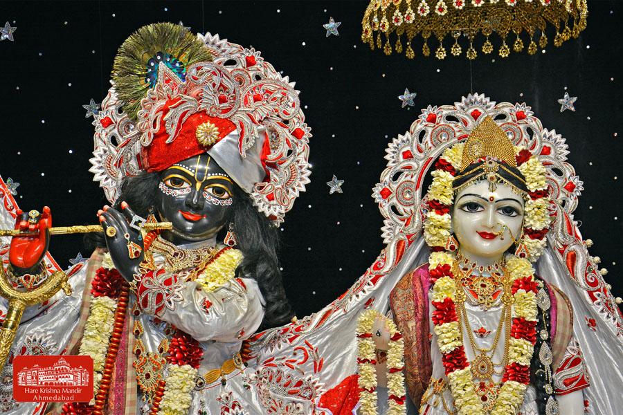 ISKCON Hare Krishna mandir Ahmedabad 10 Jan 2017 (4)
