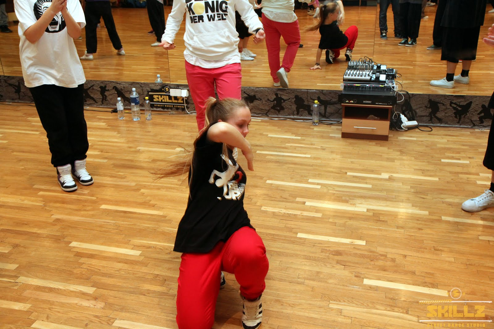 Hip- Hop workshop with Shaadow (UK) - IMG_1839.jpg