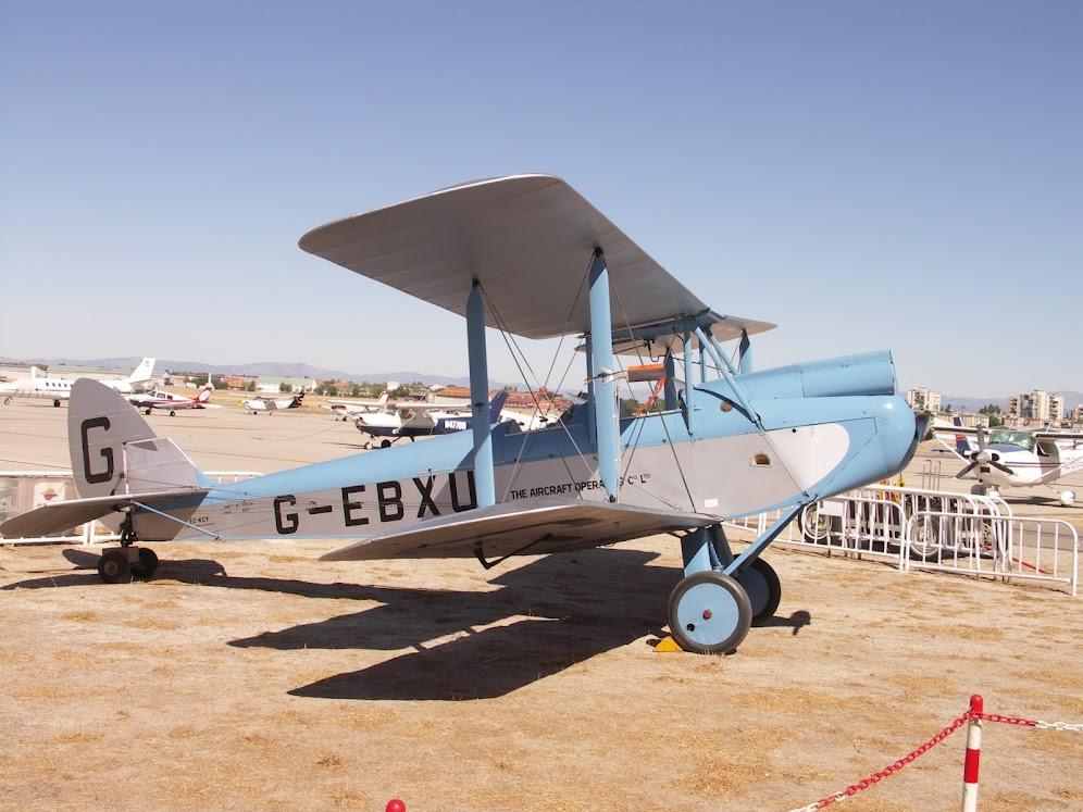 """Exhibición aerea de la Fundación """"Infante de Orleans"""". DE+HAVILLAND+DH-60+MOTH"""