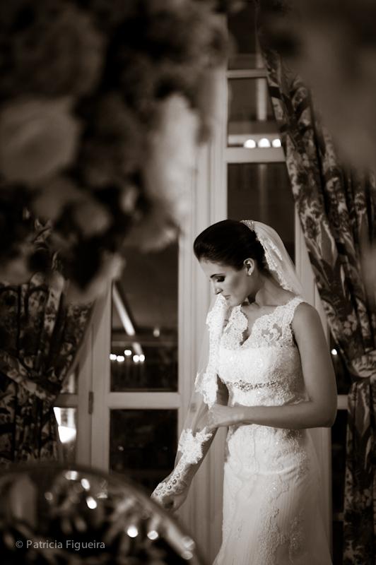 Foto de casamento 0386pb de Natalia e Fabio. Marcações: 30/09/2011, Casamento Natalia e Fabio, Fotos de Vestido, Internovias, Rio de Janeiro, Vestido, Vestido de Noiva.