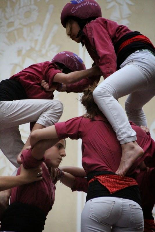 Actuació 20è Aniversari Castellers de Lleida Paeria 11-04-15 - IMG_8988.jpg