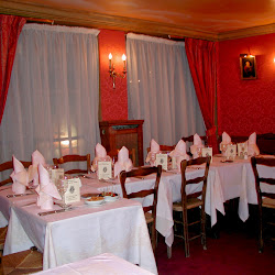 Restaurant la petite chaise about google for Chaise restaurant