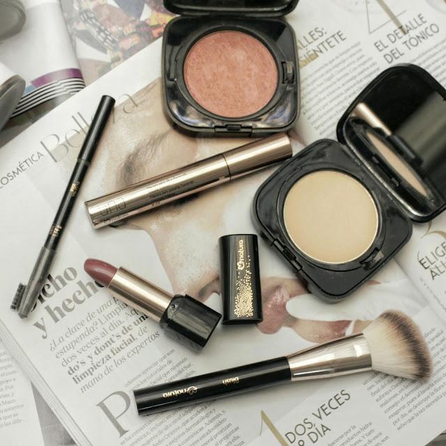 natura colombia,  chronos, anti edad, rutina de bellezaq, alina fashionblogger, beauty blogger colombia, a la mode blog