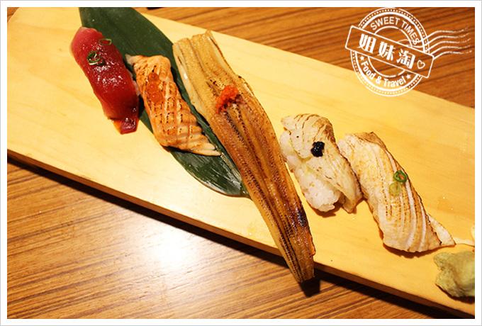 鮨彩壽司-綜合握壽司390元