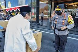 Kapolda Jatim Lepas Distribusi Daging Qurban Door to Door untuk Masyarakat Terdampak Covid-19