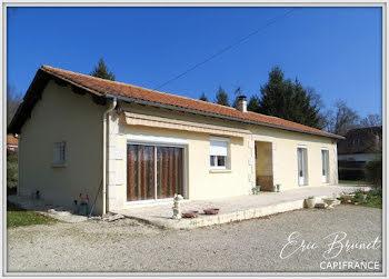 maison à Saint-Sauveur (24)