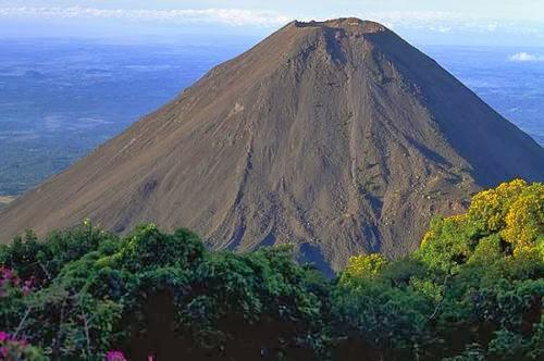 Datos interesantes sobre el volcán de Izalco