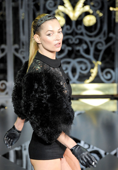 kate moss louis vuitton cellulite. She stole the show,