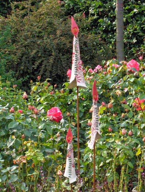 keramische bloemen van Nicole Kranenburg