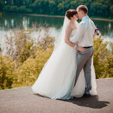 Wedding photographer Kristina Kotova (Sharlotka). Photo of 04.08.2013