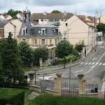 Parc du Prieuré : vue sur l'avenue Carnot