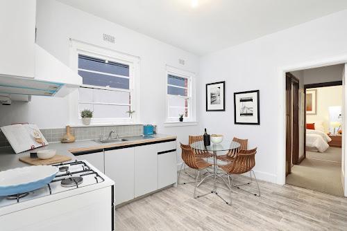 Photo of property at 2/34 Barkly Street, St Kilda 3182