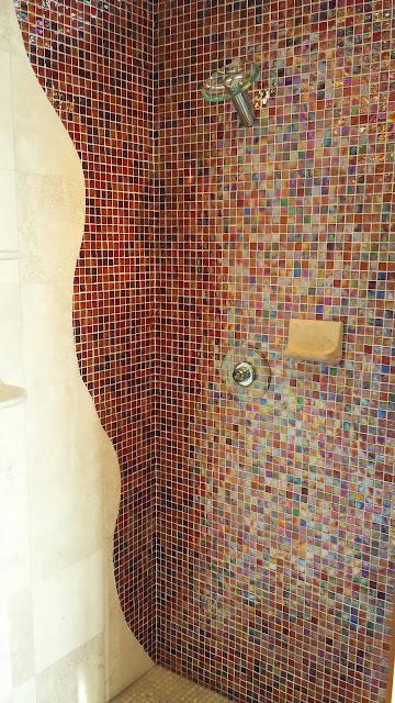 Bathrooms - 20140204_091539.jpg