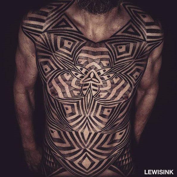 Esta cinética dotwork tatuagem no peito