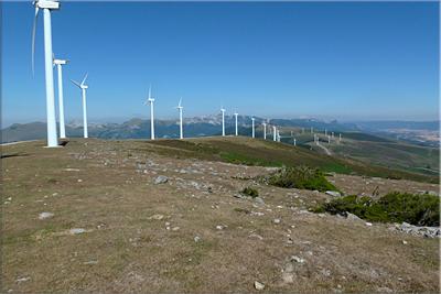 Los aerogeneradores de la Sierra de Elgea