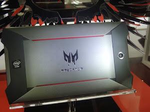 Acer Predator máy tính bảng chơi game màn hình 8 inch