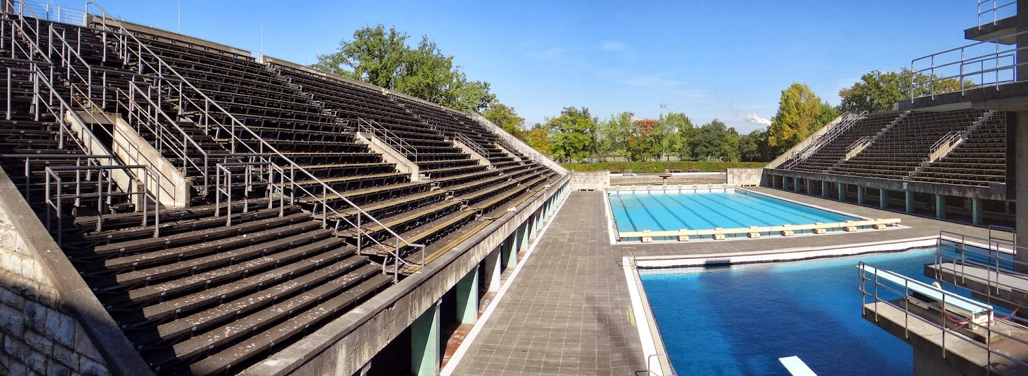 Berlin_Olympic_Pool_Panorama.jpg