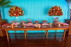 Album (digital) de fotos de Iate Clube Urca. Fotografias digitais da Carla Flores, que faz decoração floral em eventos sociais e corporativos usando as mais lindas flores. Faz bouquet (buquê) de noiva, decoração de casamento, decoração de festas, decoração de 15 anos, arranjos de mesa, decoração de salão de festa, locação de mobiliário, decoração de igreja, arranjos de casamento e decoração dos mais lindos eventos. Atua em Niterói, Rio de Janeiro (RJ).