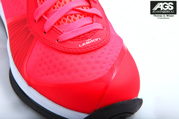 Next in Line Detailed Look at Upcoming LeBron 8 Low 8220Solar Red8221