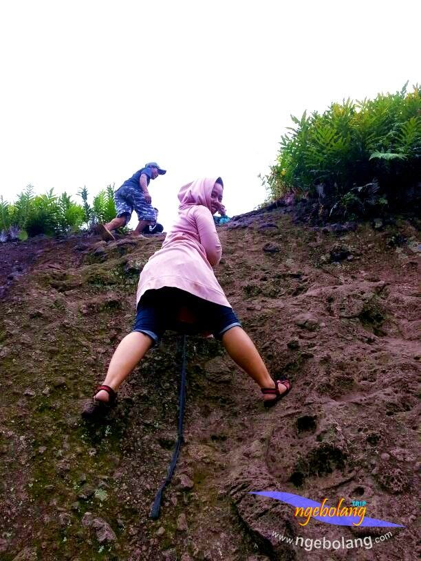 Gunung Munara bolangers 8 Maret 2015 09
