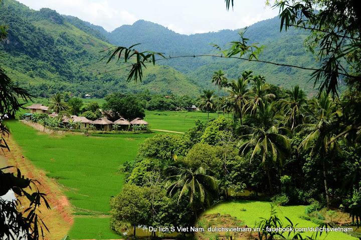 Thung lũng Mai Châu yên bình