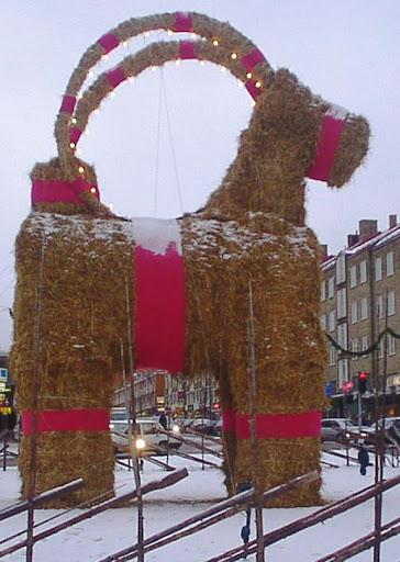 De kerstbok van Gävle (foto: Christian Gidlöf)