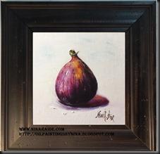 framed chubby pear