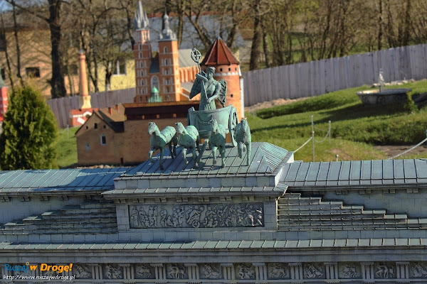 Kaszubski Park Miniatur Strysza Buda - Brama Brandenburska