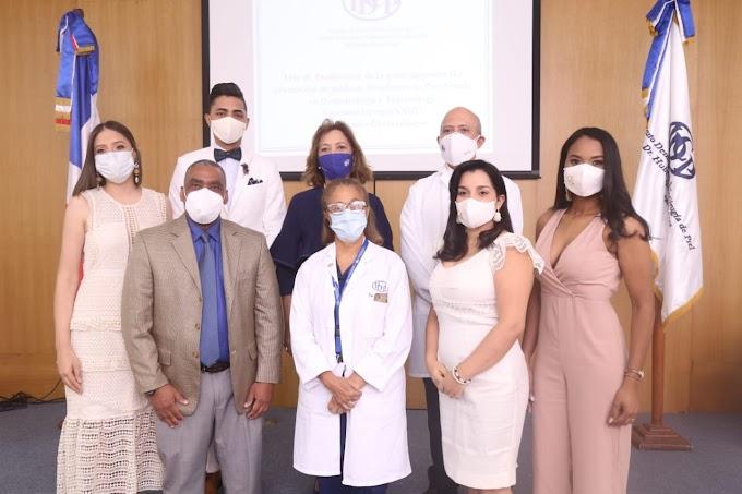 El Instituto Dermatológico presenta a la sociedad 15 nuevos especialistas
